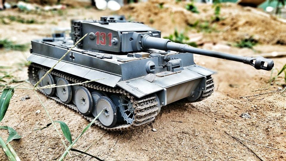 Skutečná tahová hra s tanky!